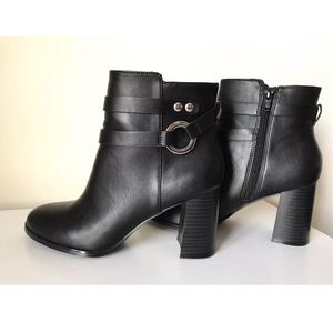 H&M Faux Leather Ankle Boots/Booties - Size 8